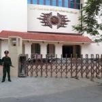 Nhận biết cổng xếp inox tự động Hồng Môn