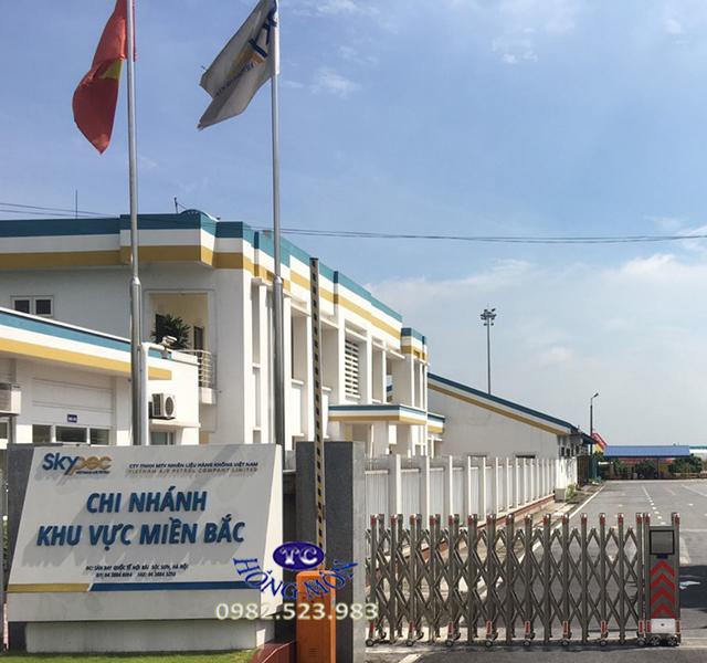 Cột cờ công ty nhiên liệu hàng không Việt Nam tại Sóc Sơn Hà nội cao 7m