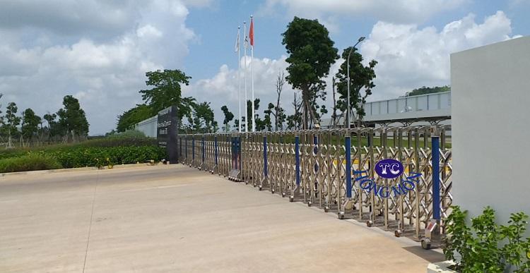 Hình ảnh cổng xếp inox nhà máy nước tinh khiết núi tiên Nghệ An